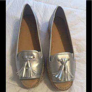 🍁New Adrienne Vittadini Silver Peep Toe Shoes